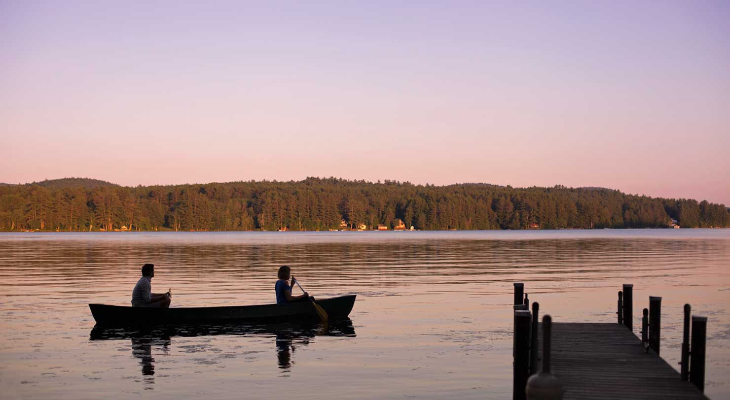 Romantic getaways in upstate ny boutique hotel by lake for Ny romantic weekend getaways