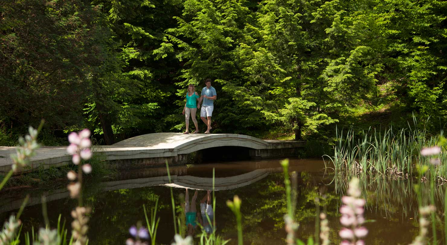 Romantic Getaway near Lake George