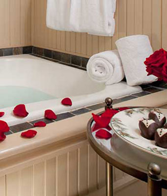 Romantic Bath in a Lake George Area Inn
