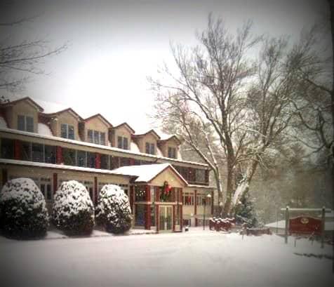 How to Find the Best Hiking in the Adirondacks and Lake George Area - Adirondack Hotel, Friends Lake Inn