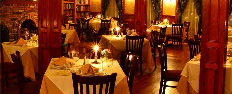 10 Things We Love About Christmas in the Adirondacks - Adirondack Hotel, Friends Lake Inn