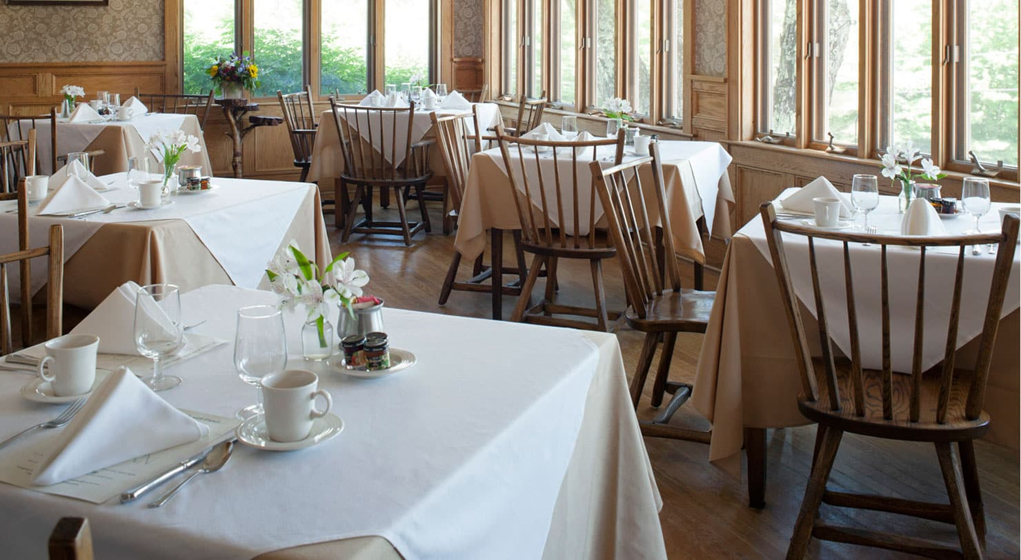 Breakfast Room - Fine Dining near Lake George, NY